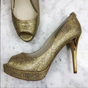 Micheal Kors Metallic Gold Platform Peep Toe Heels